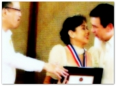 AWARDS - Vi with PNoy 2013