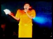 ARTICLES - Fiesta NY 2005 12