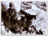 ARTICLES - Homeless Filipino children amid WW II wreckage (1945)